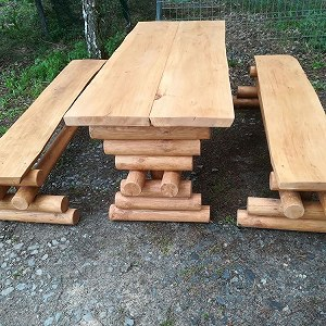 Przesyłki 1 stół i 2 ławki