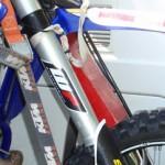 transport_motocykli_08_blokada_zawieszenia