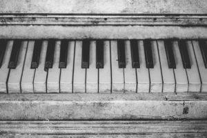 Jak zorganizować transport pianina?