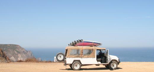 Jak przewieźć deskę surfingową