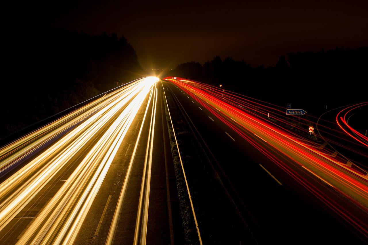 jazda w nocy