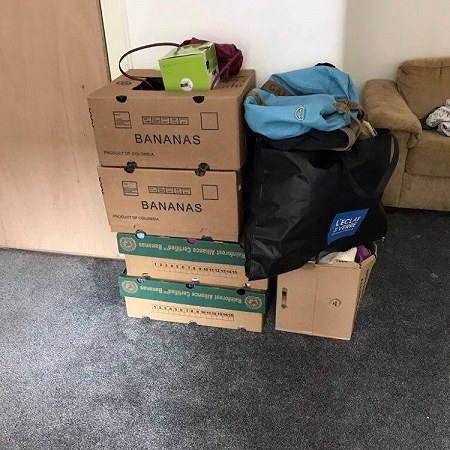 1à boxes to London